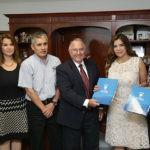 La Universidad de San Miguel firma convenio con AMMJE
