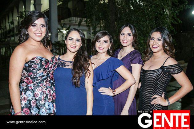 Arlén Álvarez, Mariana Güémez, Cindy Arteche, Mariemy Sánchez y Melissa Gutiérrez