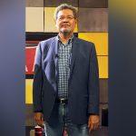 Acontecer, entrevista al escritor Élmer Mendoza