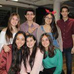 Los 'chicos' de la prepa Senda celebran su posada navideña