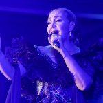 Enciende Aída Cuevas la fiesta mexicana con homenaje a Juan Gabriel