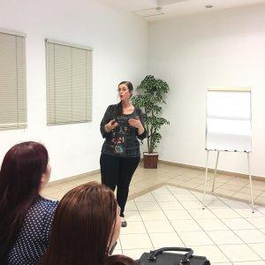 La Universidad de San Miguel ofrece charla para los padres de familia