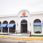 Los Arcos, experiencia única en cocina del mar. Presentan el nuevo Los Arcos Restaurante en Mazatlán.