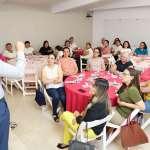 Consultoría académica lleva a cabo Café Rosa