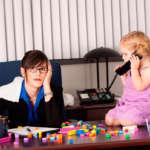 ¿Cómo conciliar las vacaciones de los niños con tu trabajo?
